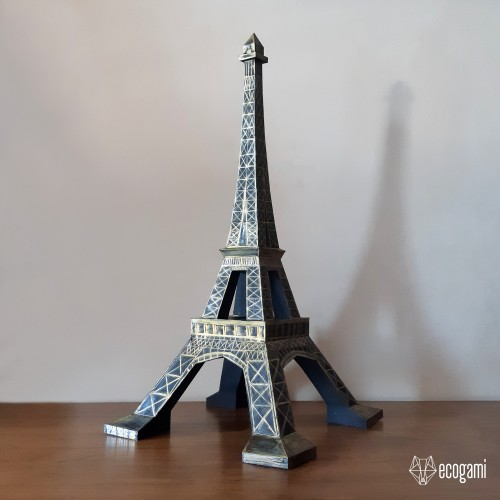 Eiffel tower papercraft