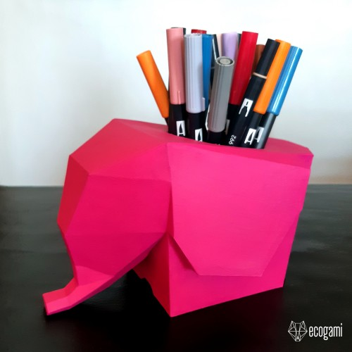 Elephant pen holder